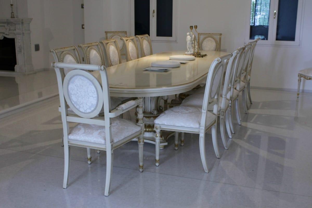 Tavolo grande ideale per sale riunione e conferenza idfdesign - Tavoli da pranzo classici ...