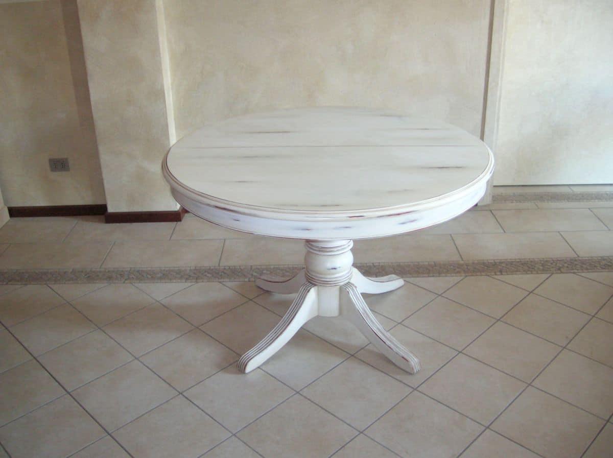 Tavoli Tondi Allungabili: Un'ode Alla Praticità: Il Tavolo Rotondo  #372A25 1200 897 Tavoli Da Cucina Allungabili Bianchi