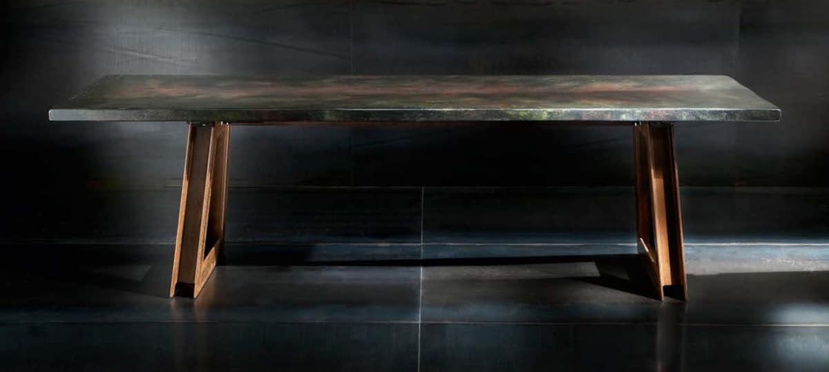 Tavolo in metallo e rovere con effetto finto marmo idfdesign for Tavolo effetto marmo