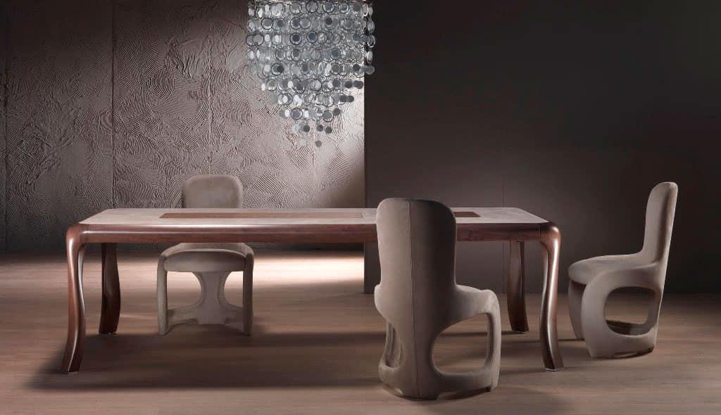 Tavolo In Legno Massello Piano Intarsiato Con Motivo