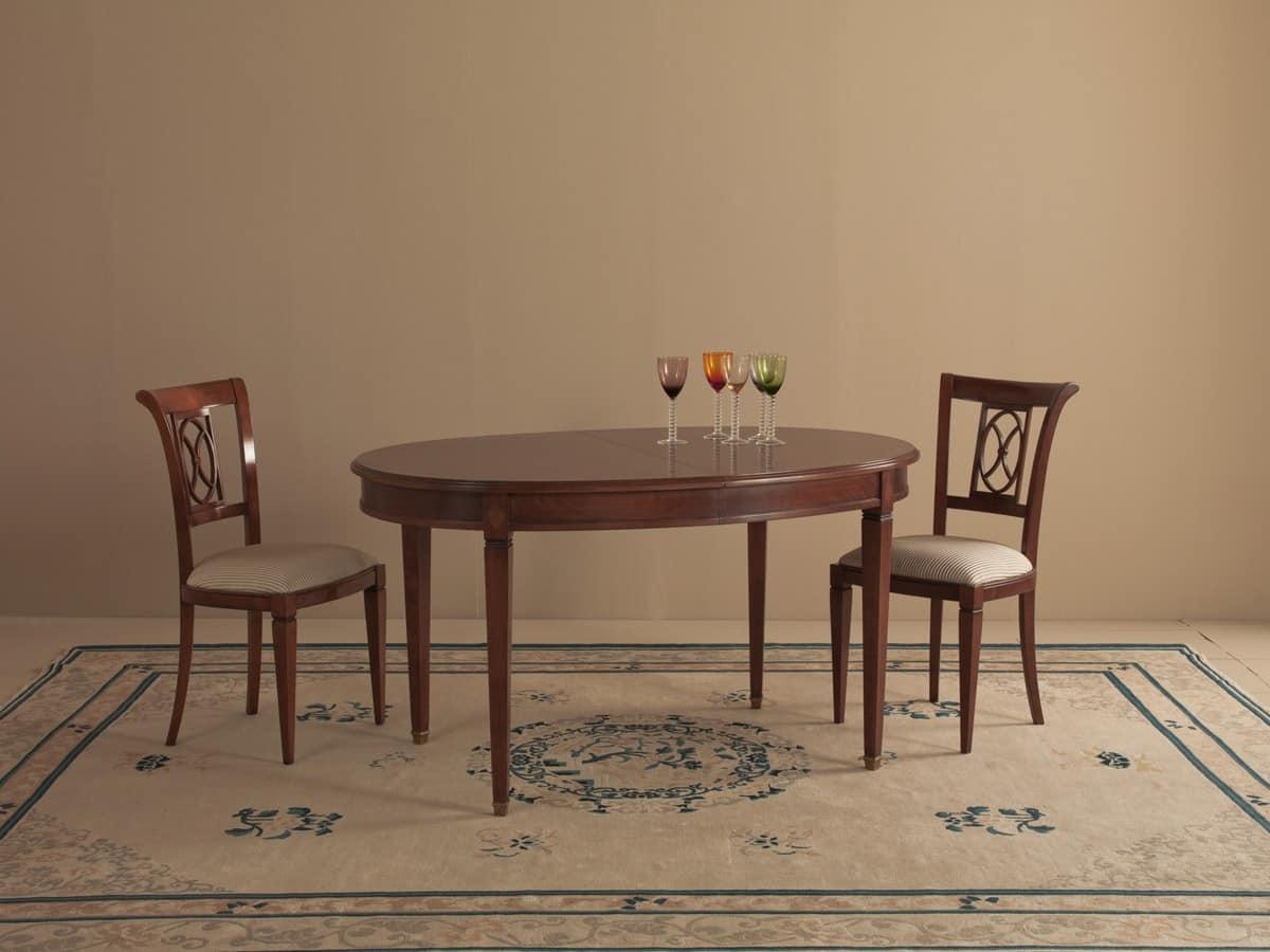 Vetrinetta in stile classico sala da pranzo idfdesign for Tavolo ovale cristallo allungabile
