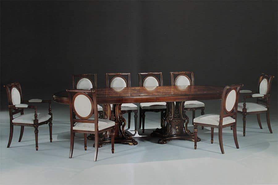 Tavolo ovale intarsiato per sale da pranzo e sale riunione for Tavolo da pranzo classico