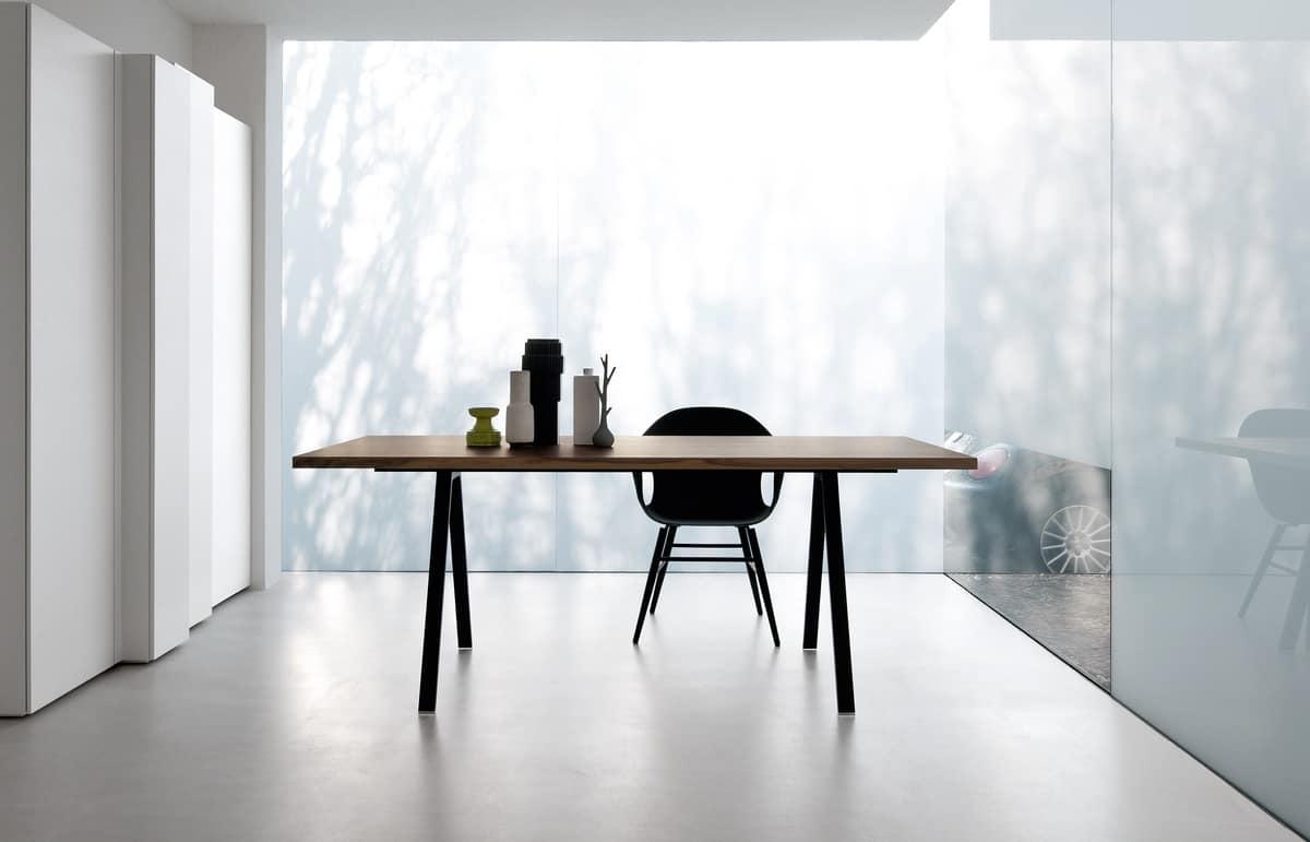 Gambe Per Tavoli In Alluminio.Tavolo Design Con Gambe In Alluminio Robusto E Sottile Idfdesign