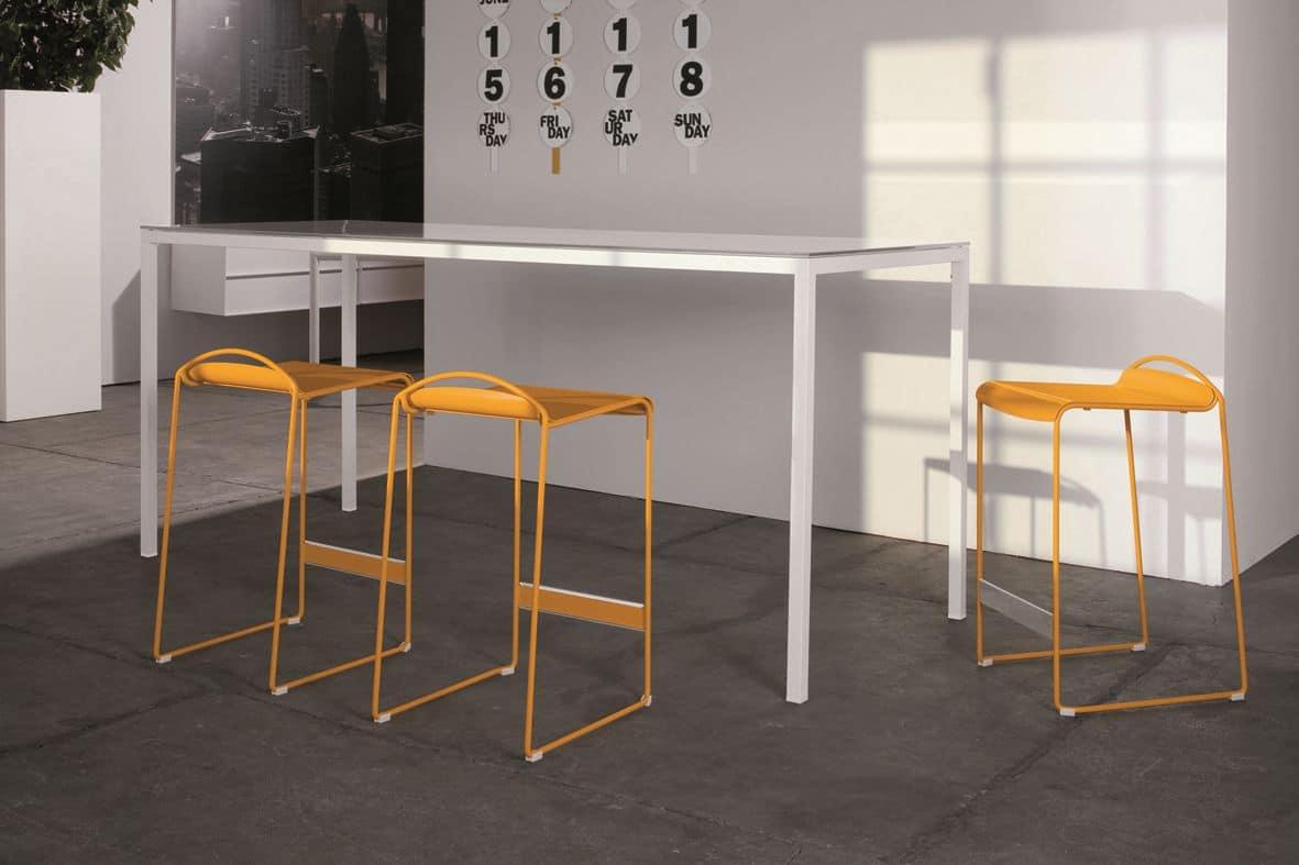 Tavolo in metallo cromato o laccato, ideale per cucine moderne ...