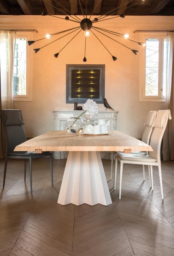 VENTAGLIO, Tavolo da pranzo, con piano in vetro nero, base in metallo