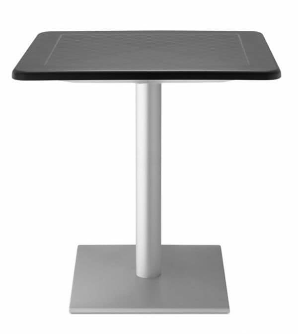 Dodo, Tavolo da giardino quadrato