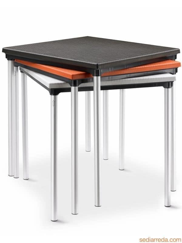 Tavolo da giardino in alluminio e polipropilene for Tavolo da giardino usato