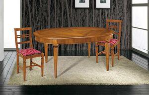 Art. 83, Tavolo in legno, con piano ovale intarsiato