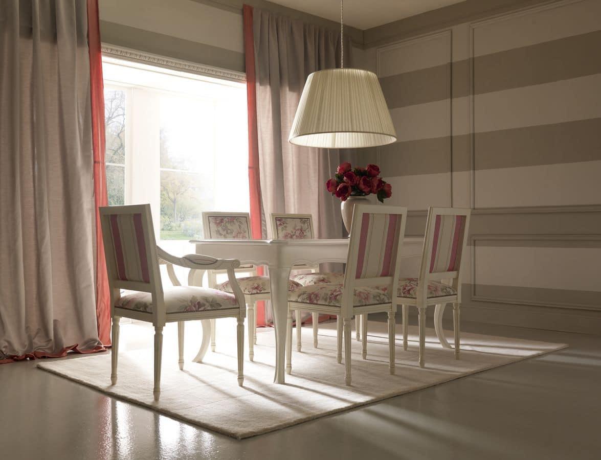 Tavolo con piano intarsiato per sala da pranzo idfdesign - Tavolo sala da pranzo ...