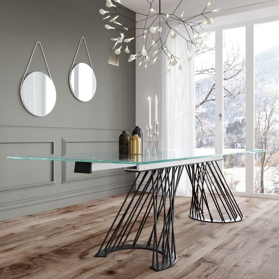 Tavolo con base in ferro pieno idfdesign