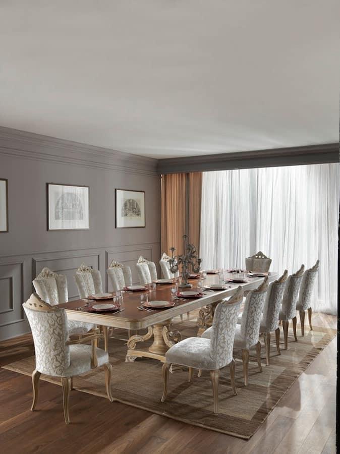 Imponente tavolo da pranzo in legno massiccio dallo for Tavoli contemporaneo design