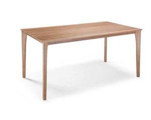 E17, Tavolo con piano a doghe in legno