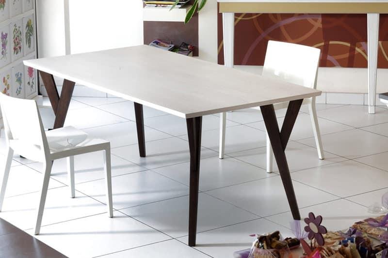 Tavolo lineare moderno in legno per sale da pranzo for Tavoli legno design moderno