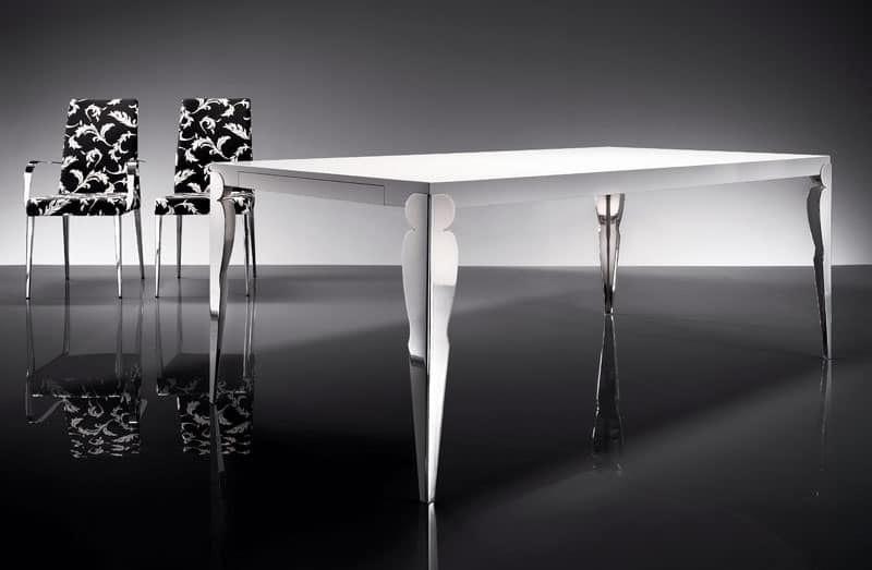 Tavolo dal design lineare per soggiorno idfdesign for Tavolo salvaspazio