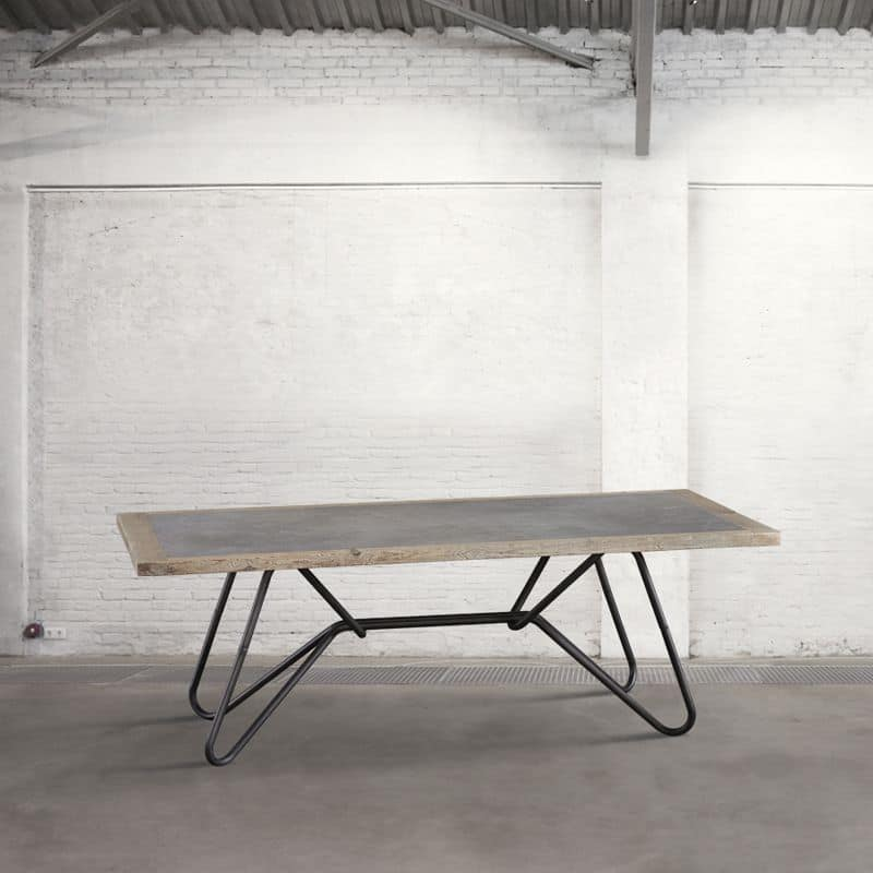 Db003769 tavolo in metallo con piano in legno e cemento adatto per arredare loft idfdesign - Legno adatto per tavolo ...