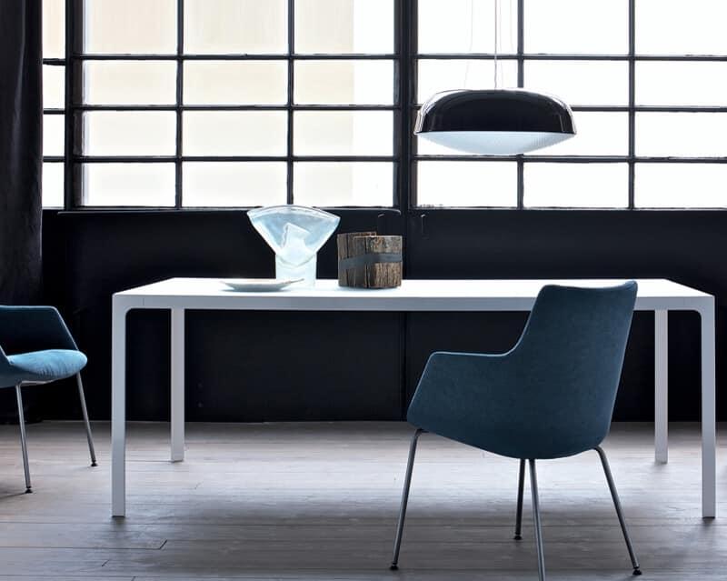 Tavolo quadrato, struttura metallica, piano in legno  IDFdesign
