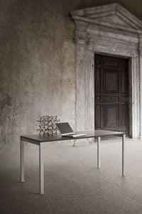 Tesi, Tavolo lineare in metallo e laminato per uso contract