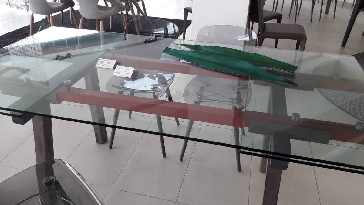 Tavolo Vetro Trasparente Allungabile.Tavolo Outlet Con Piano Allungabile In Vetro Trasparente Idfdesign
