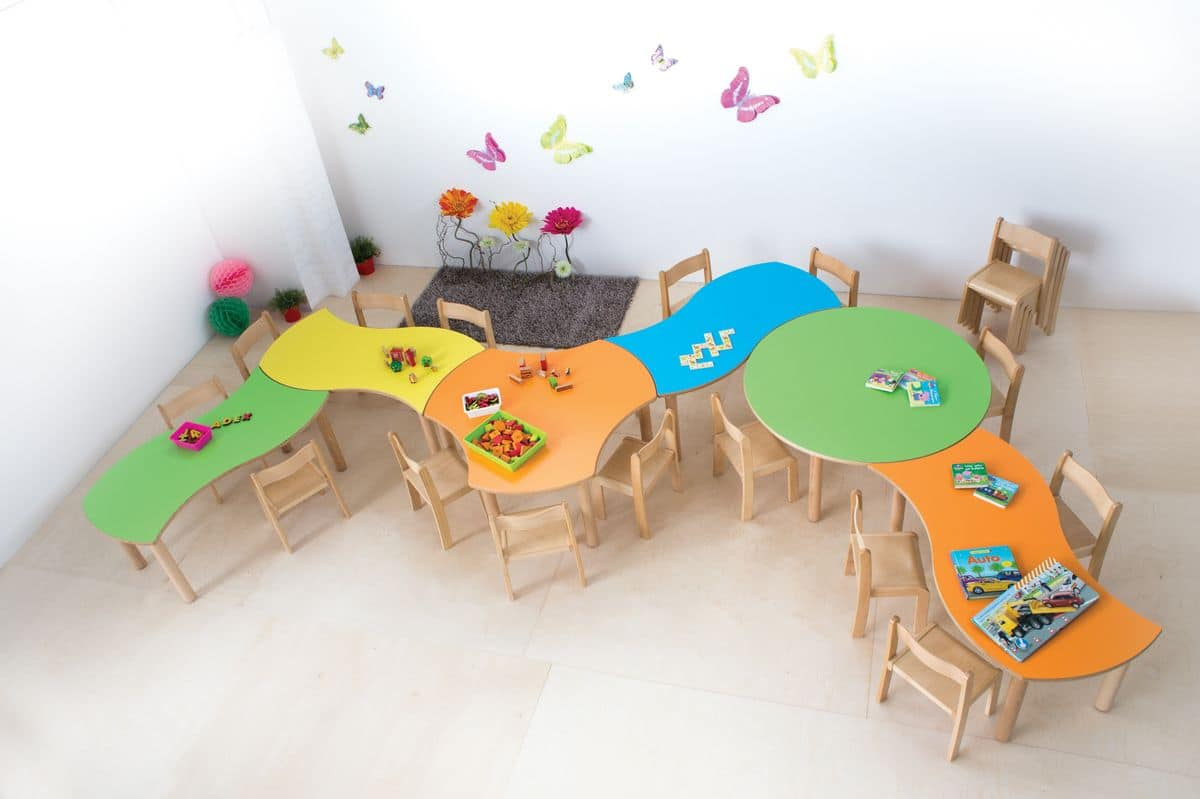 Tavolino componibile per bambini bordi e spigoli for Tavolino per bambino