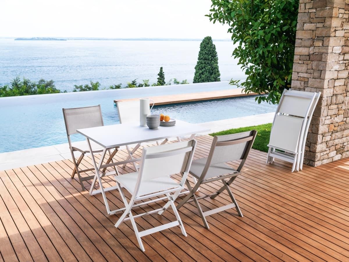 Tavolo rettangolare pieghevole per esterno idfdesign - Tavoli pieghevoli per esterno ...