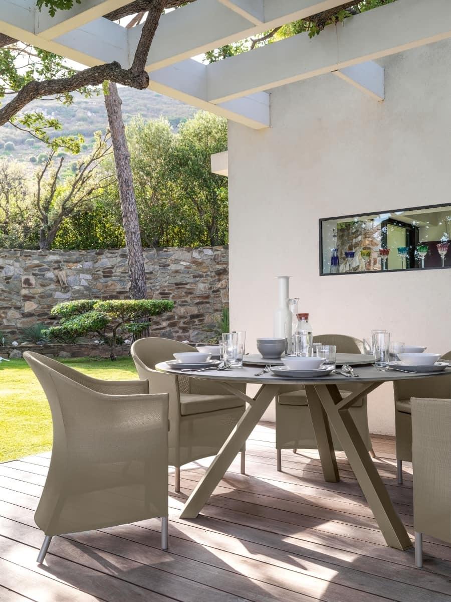 Tavolo da pranzo tondo con piano in vetro  IDFdesign