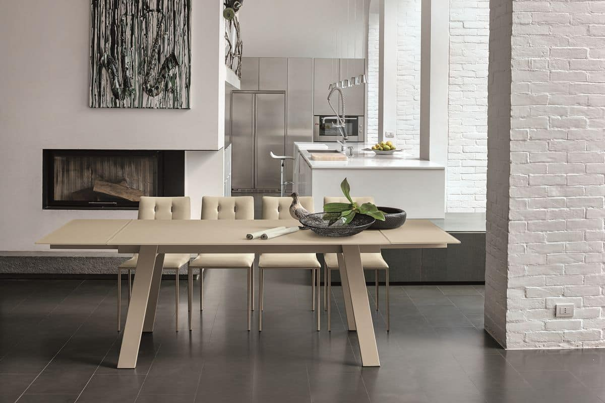 Tavolo allungabile con piano in vetro e struttura in for Tavoli contemporaneo design