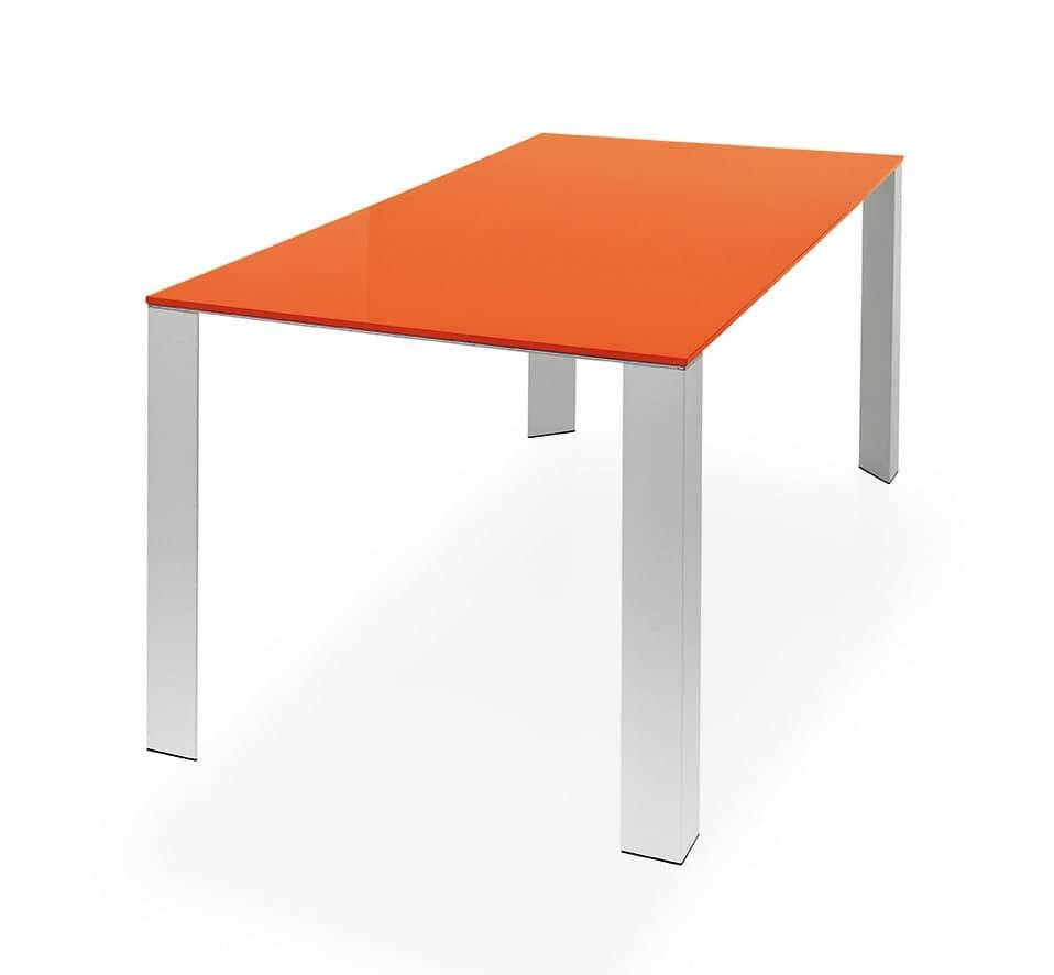 Tavolo da pranzo essenziale in alluminio e vetro idfdesign for Tavoli pranzo in vetro