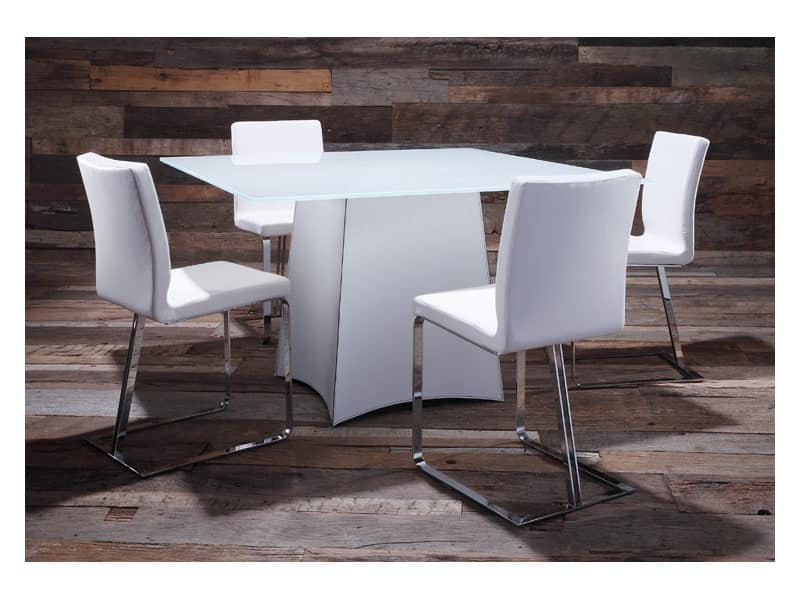 Tavolo da pranzo elegante tutto su ispirazione design casa for Piani moderni in vetro