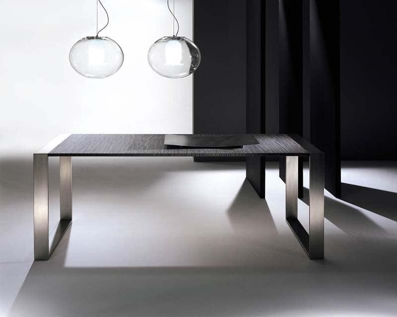 Tavolo da pranzo in metallo piano in cristallo idfdesign - Tavolo pranzo cristallo ...