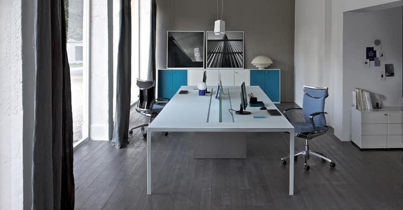 Scrivania operativa ufficio sistema tavoli a due for Uffici di design