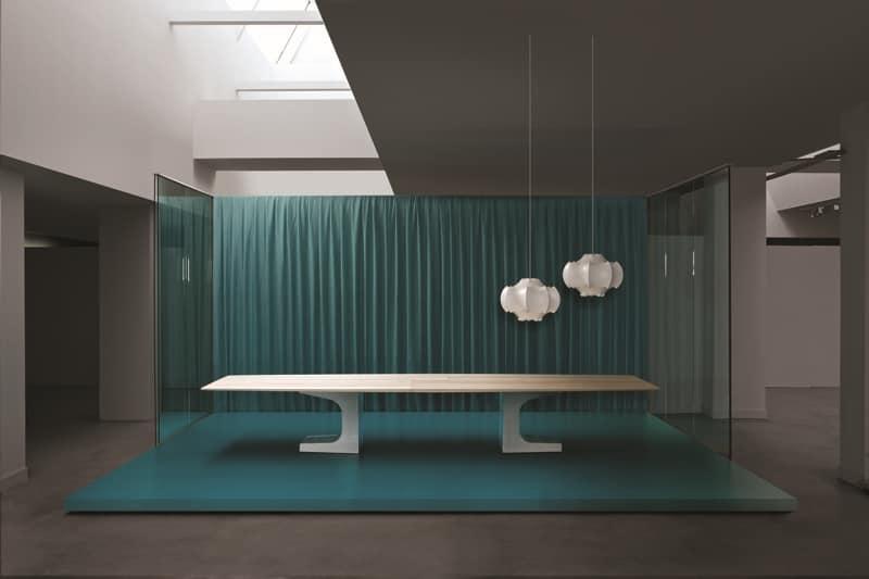 Tavolo grande per sala riunioni base in metallo piano in legno