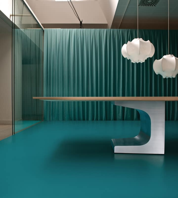 Mobili per ufficio sala riunioni design casa creativa e for Mobili design per ufficio