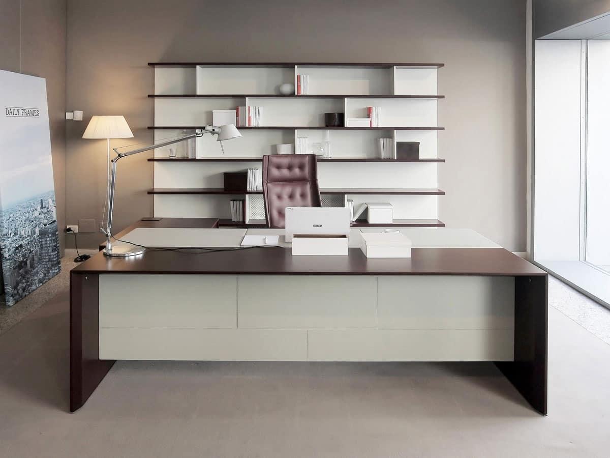 Elegante scrivania da ufficio direzionale arredo ufficio for Scrivania da reception