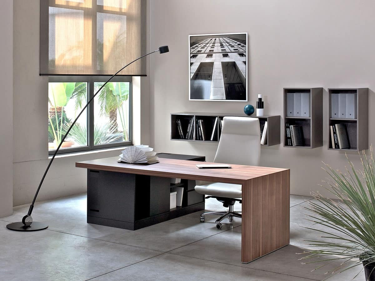 Scrivania in legno per ufficio presidenziale arredo for Arredamento per ufficio moderno