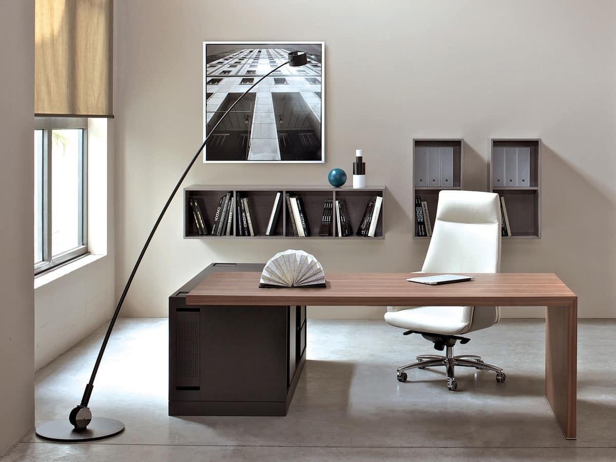 Scrivania in legno per ufficio presidenziale arredo for Design ufficio scrivania