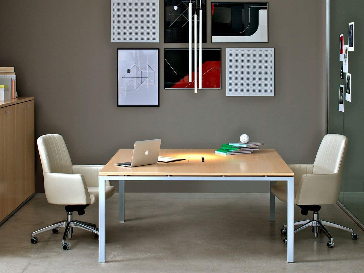 Scrivania Ufficio In Legno : Tavolo da ufficio con piano in legno idfdesign