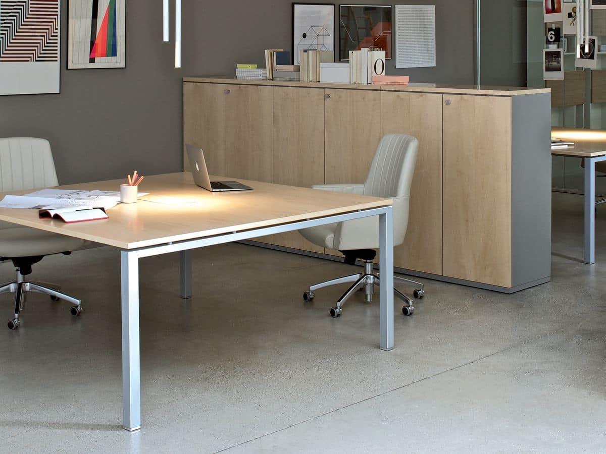 tavolo da ufficio con piano in legno idfdesign
