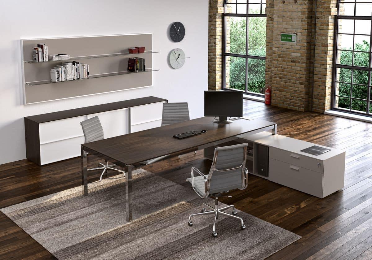 Parete attrezzata e tavoli per ufficio operativo idfdesign for Design ufficio scrivania