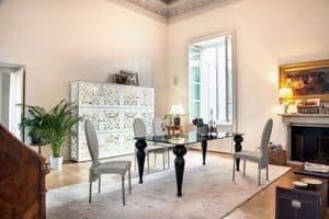 BEXLEY, Tavolo da pranzo con piano in vetro e gambe in marmo