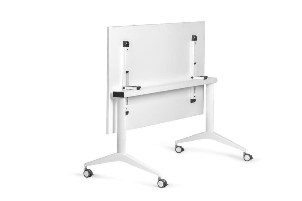 Tavolo Ufficio Bianco : Tavolo bianco con ruote ideale per ufficio idfdesign
