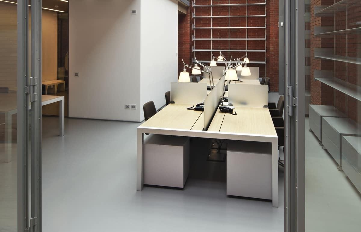 Scrivania Ufficio Tonda : Tavolo con accessori per ufficio con divisori e passacavi idfdesign