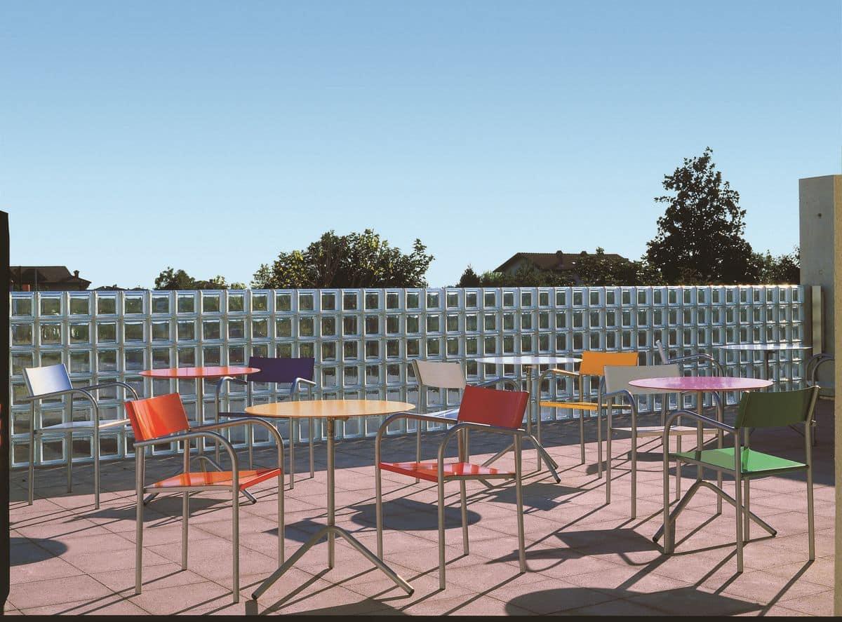 Tavolini da esterno con piano pieghevole in alluminio for Tavolini design
