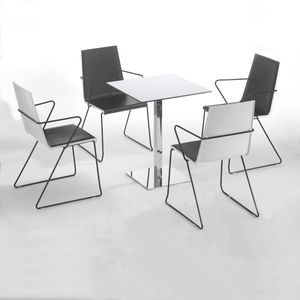 Immagine di Venere cod. 106, tavolini eleganti
