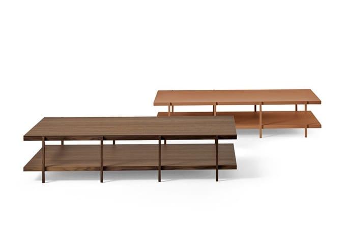 Tavolino dal design essenziale in vetro e legno idfdesign for Tavolini arredo