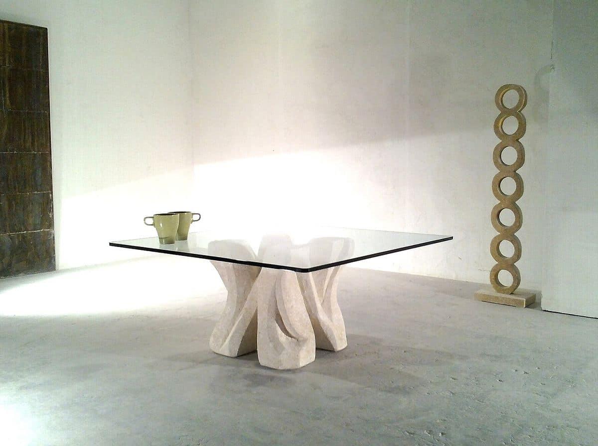 Tavolino in pietra scolpita con piano in cristallo per for Tavolini vetro