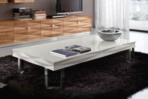 Diamante Art. 84.320, Tavolino con piedi angolari, con piano laccato