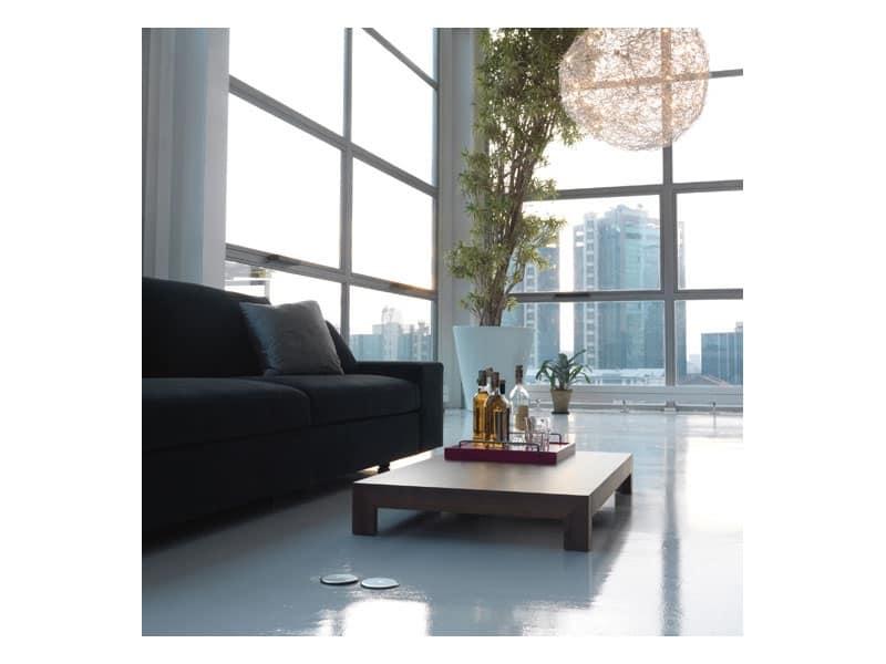Rigodritto, Tavolino basso da salotto, in legno laccato opaco