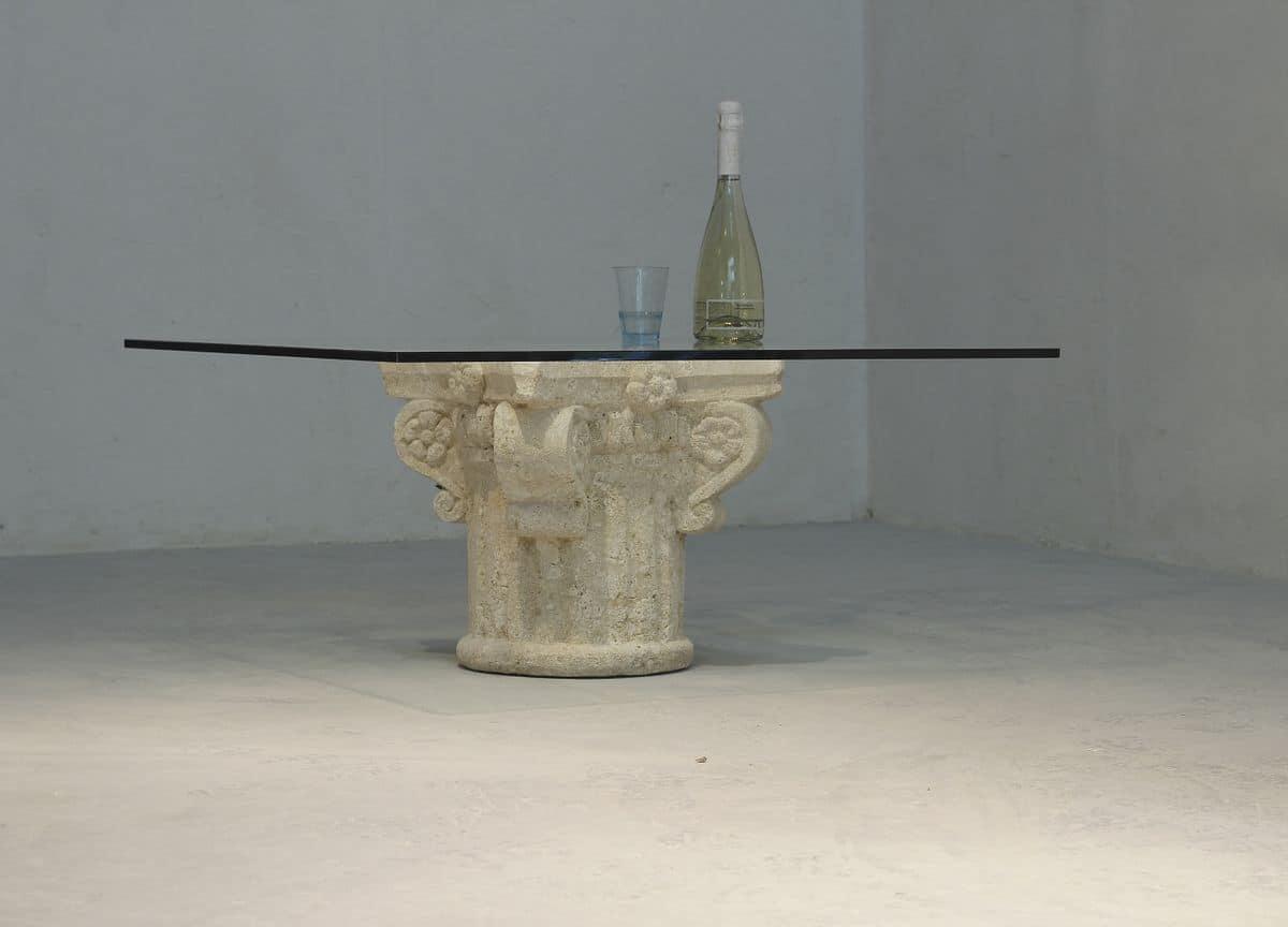 San Giorgio, Tavolino basso con piano in vetro, basamento in pietra