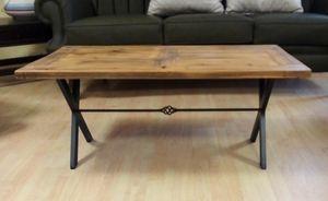 Tavolino 03, Tavolino con piano in legno simil-vecchio