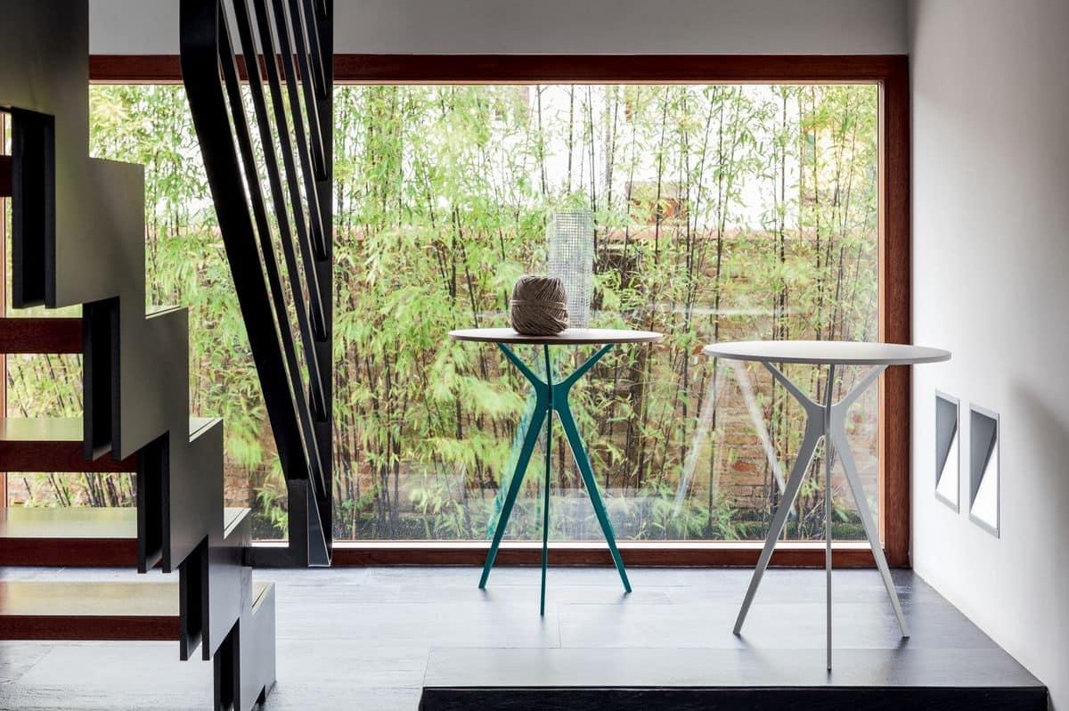 TREE, Tavolino disegno lineare, vari finiture di piano, per discoteca